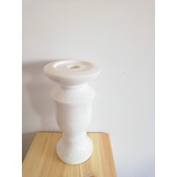 Świecznik ceramiczny biały...